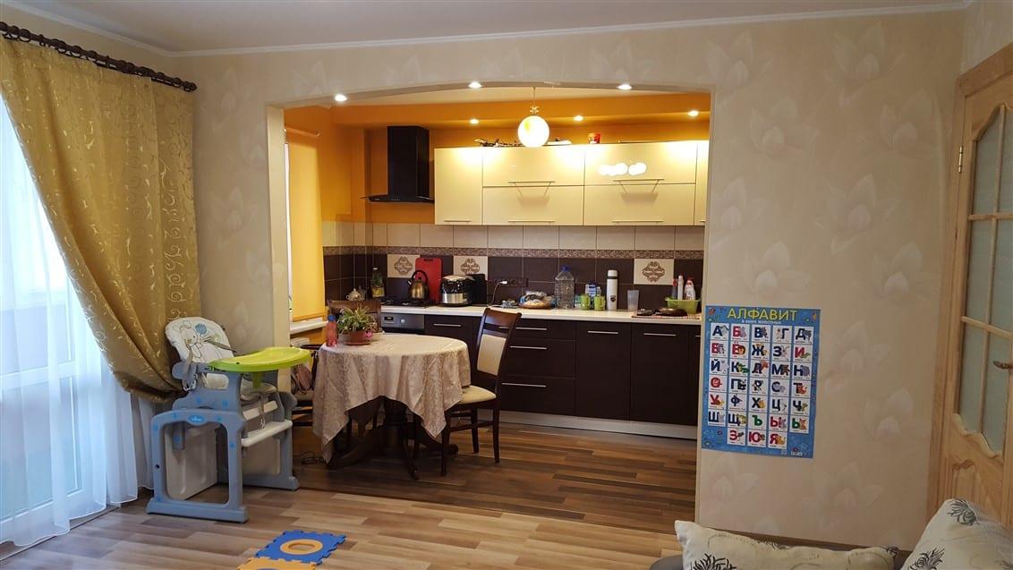 (Latviešu) Pārdod izremontētu, daļēji mēbelētu 2-istabu dzīvokli Ezerkrastā. ID: 265