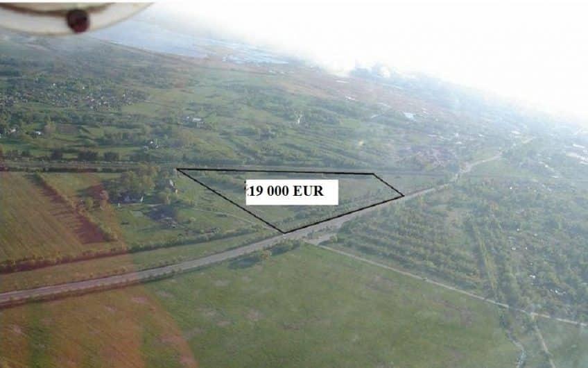 (Latviešu) Pārdod zemi 2,27 ha Grobiņas pagastā. ID:314