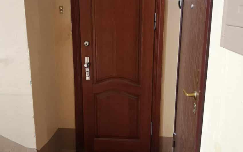 Pārdod izremontētu un mēbelētu 3-istabu dzīvokli Laumas rajonā, Liepājā. ID: 334