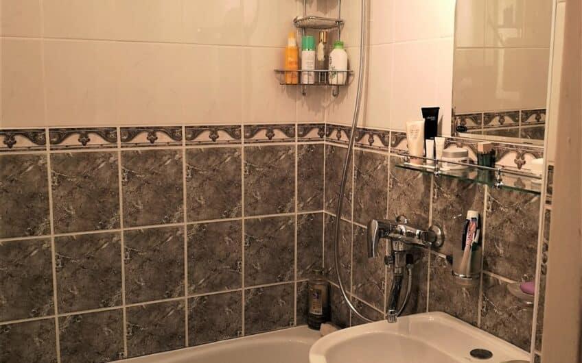 Продаётся отремонтированная 3-комн. квартира в Эзеркрасте 2. ID: 336