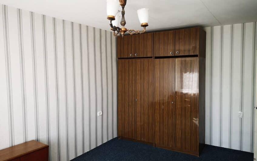 (Latviešu) Pārdod 1,5-istabu dzīvokli Laumas rajonā, Liepājā. ID: 338
